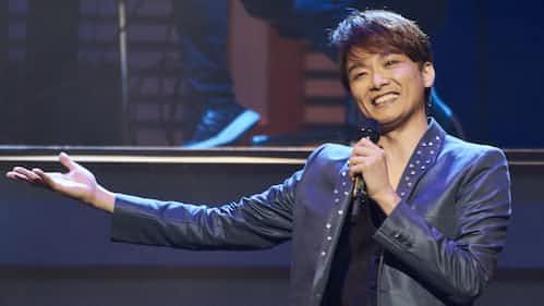 僕はコンサートでも、笑いがほしい(井上芳雄)