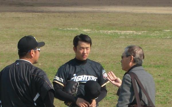 2月の春季キャンプで初めて会ったときの斎藤(中央)の印象は間違っていなかった
