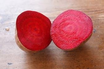 真っ赤な実が特徴のビーツ