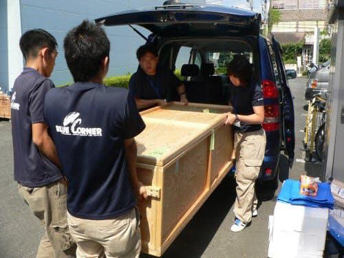 沼津からクルマでGEヘルスケアの施設に搬送されてきたシーラカンス