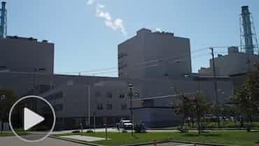 焦げたタービン、敷地は液状化 苫東厚真発電所を公開