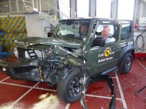 スズキ・ジムニーの前面衝突試験(写真:EuroNCAP)