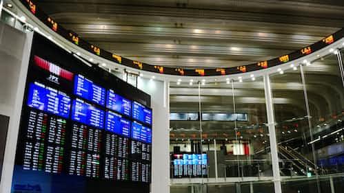 米株安を嫌気、決算発表前に様子見(先読み株式相場)
