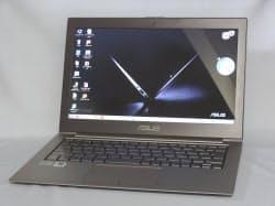 13.3型ワイド液晶を搭載する「ZENBOOK X31E」
