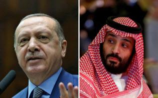 トルコのエルドアン大統領(左)はサウジ記者の殺害にムハンマド皇太子が関与したとの考えを示唆したとみられる=ロイター