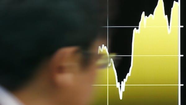 変調続く株式相場 揺らぐ年末高への期待