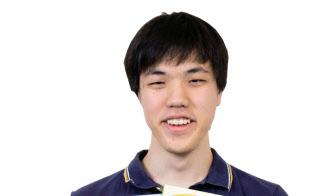 「ジェネレーションZ」&10代経営者米山維斗さん 1999年生まれ。小学校3年生、10歳の時にゲーム「ケミストリークエスト」の原型を思いつき、小学校6年生、12歳の時に商品化と同時に起業。日本初の小学生社長として注目を浴びた。筑波大学附属駒場高校を卒業後、現在は志望校を目指して浪人中。