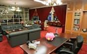 「会社私物化の象徴」とされたNOVA元社長の豪華社長室