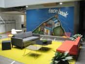 米カリフォルニア州メンロパーク市にあるフェイスブックの新社屋