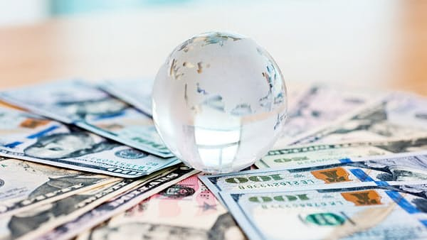 英個人投資家、自国株を楽観視?(海外投信事情)