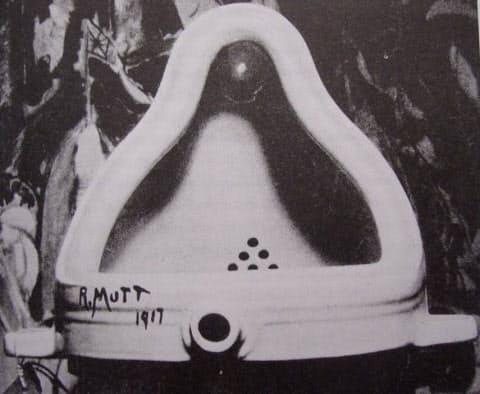 マルセル・デュシャンの「泉」(Marcel Duchamp Fountain 1917, photograph by Alfred Steiglitz.)