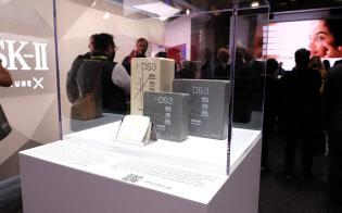 CESに初出展したP&Gが展示した「DS3」は、水分量を減らすことでコンパクトなせっけんや洗剤を作れる技術