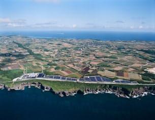 図1 宮古島に設置されたメガソーラー全景 (写真:沖縄電力)