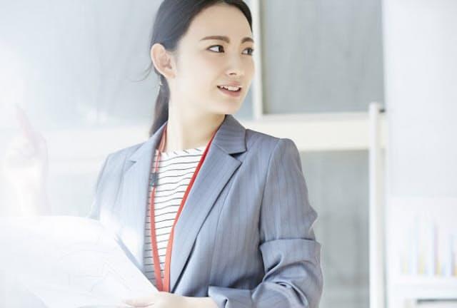 19年4月から時間外労働の上限規制が変更に(写真はイメージ=PIXTA)