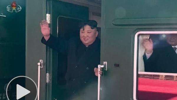 金正恩氏、米朝会談へ出発 特別列車の内部は…