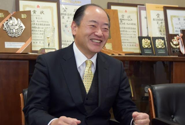愛知県立旭丘高校の杉山賢純校長