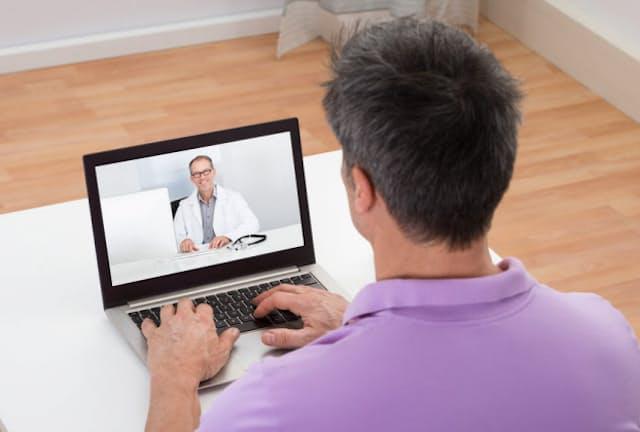 オンライン診療は便利なだけでなく、患者の行動を変えるという点でも期待される。写真はイメージ=(c)Andriy Popov-123RF