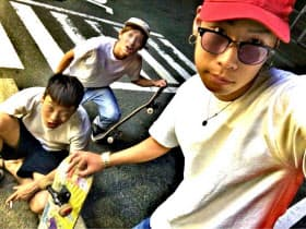 後藤氏は高校時代、福岡市でヤンキー時代を過ごした。いわゆる「カラーギャング」だった