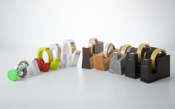 デザインやテープの切り方、携帯性など、さまざまな工夫を凝らしたテープカッターを紹介する