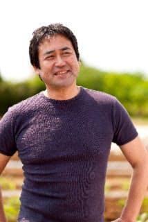 永島敏行(ながしま・としゆき)さん 俳優・青空市場代表取締役  1956年千葉県生まれ。21歳で俳優デビュー、映画『サード』で新人賞を総なめにする。現在、スクーリング・パッド農業ビジネスデザイン学部長、「やじうまテレビ」(テレビ朝日)、「永島敏行の農業バンザイ!」(秋田テレビ)に出演。2012年7月に著書『青空市場で会いましょう 日本の農と食はすばらしい』(家の光協会)を上梓。