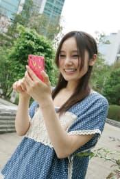 多くの人が利用するようになったスマートフォン(スマホ)。みんなは主に何に利用している?