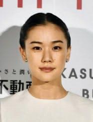 結婚が明らかになった女優の蒼井優さん(33)=共同