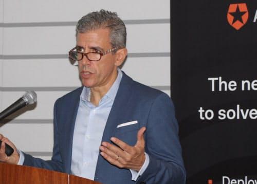 日本でのビジネス拡大方針を説明した米オースゼロのユヘニオ・ペース最高経営責任者