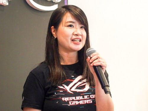 ASUS JAPANのシンシア・テンシステムビジネス事業部マーケティング部部長(写真:山口 健太)