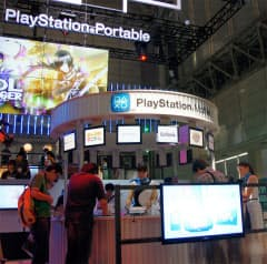 ソニーモバイルコミュニケーションズのブースではPlayStation Mobileのゲームをいち早く体験できる