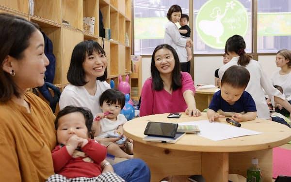 育児休業中の女性たちが集う「MIRAIS」(東京都中央区のチルドリンカフェ本部)