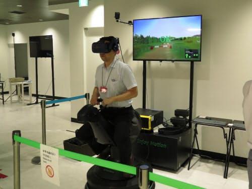複数人が同一のバーチャル空間で馬術を楽しめる「VRクロスカントリー」