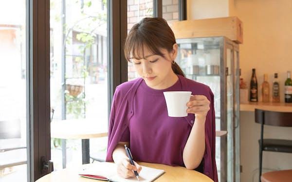 「朝の3行日記」でその日にどう終わりたいかを想像する(写真はイメージ=PIXTA)