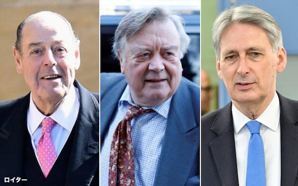 ジョンソン英首相は、EU離脱延期法案を支持した保守党の重鎮3人を除名した(右からハモンド前財務相、クラーク議員、ソームズ議員)=いずれもロイター