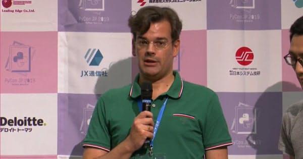 米Pythonソフトウエア財団の商標委員会の議長を務めるマーク・アンドレ・レンブルグ氏(出所:PyCon JP)