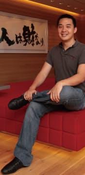 ジェームズ・チェン(James Chen)  2000年米マサチューセッツ工科大学卒業。在学中にベンチャー企業を立ち上げた後、複数の米企業でCTO(最高技術責任者)を務めた。楽天が米企業を買収したのを機に、2009年楽天入社。2011年から執行役員。台湾生まれで8歳時に家族と共に米国移住。34歳。(写真:新関雅士)