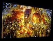 図1 ソニーブースで展示されている56型の4K有機ELテレビの試作機