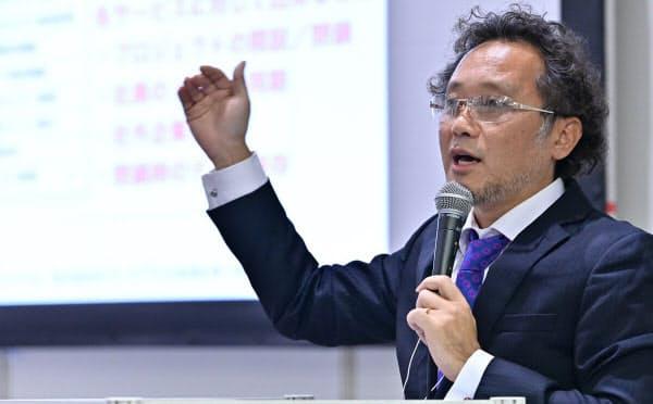 日経 xTECH EXPO 2019で講演する大成建設の田辺要平チームリーダー(写真:中村宏)
