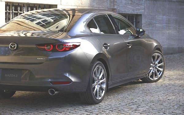 マツダ3。新型エンジン「スカイアクティブX」搭載モデルを12月に発売する予定だ(出所:マツダ)