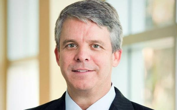 NTTデータの取締役を辞任したジョン・マケイン氏(出所:NTTデータ)