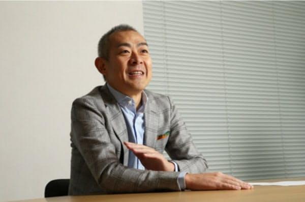 中山一郎(なかやま・いちろう)氏 1969年生まれ、愛知県出身。94年国際デジタル通信(現IDCフロンティア)入社、13年に社長就任。16年ヤフーに入社、18年にPayPay社長執行役員CEOに就いた。(写真:陶山勉、以下同じ)