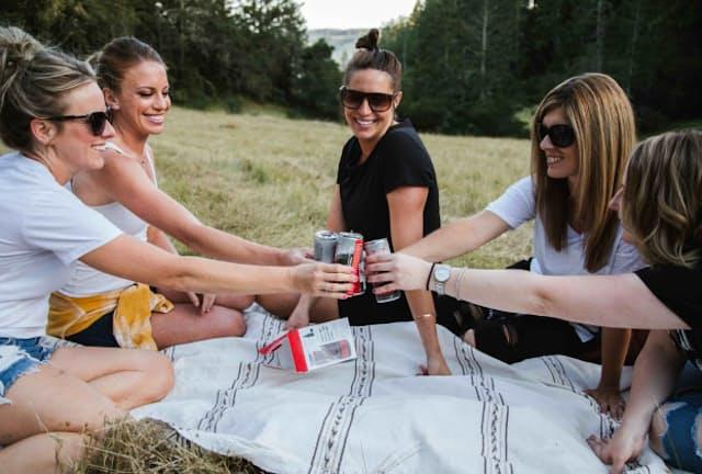 米国では缶ワインが大ブームとなっている