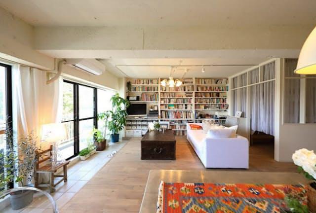 築37年の中古マンションをフルリノベーション。高台にある、見晴らしのいい部屋