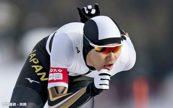冬季ユース五輪のスピードスケート男子1500メートルで金メダルを獲得した蟻戸一永=OIS提供・共同