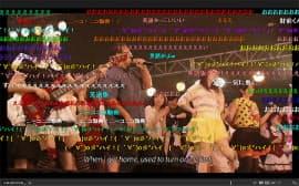 「ニコニコ超会議」のライブイベント終盤で熱唱する外国人ら。オタク文化の親善大使として活躍している