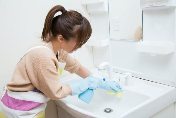 洗面所は、こまめに掃除して清潔な状態を保とう=PIXTA