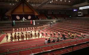 大相撲春場所は無観客で行われた(3月8日、大阪市浪速区のエディオンアリーナ大阪)