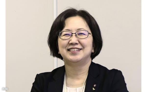 長崎原爆資料館で初の女性館長に就任した篠崎桂子(しのざき・けいこ)さん=共同