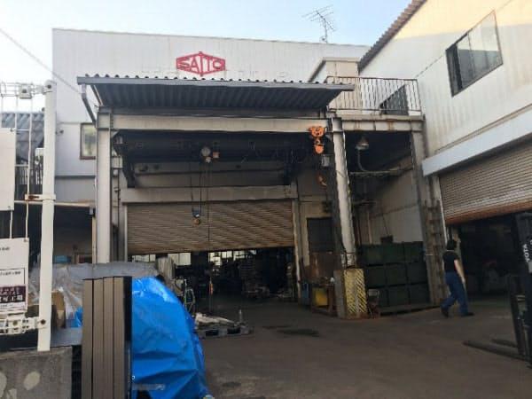 町工場はいつも通りの風景だった(8日、東京都大田区)
