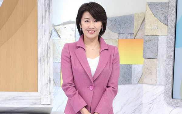 佐々木明子(ささき・あきこ)1992年、テレビ東京入社。アナウンス部に配属されスポーツ担当に。2006年にニューヨーク支局勤務となり「Newsモーニングサテライト」(月~金、5時45分~7時5分)を担当。帰国後、2014年から同番組のメインキャスターを務める