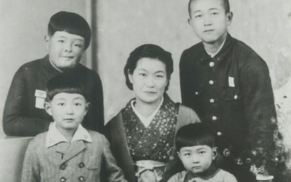 立川時代の一家(左下が筆者)